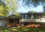 Foreclosed Home in Decatur 35601 FREEMONT ST SW - Property ID: 4212142815