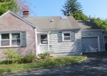 Foreclosed Home in Trumbull 06611 MADISON AVE - Property ID: 4212224710