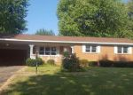 Foreclosed Home in Dexter 63841 N SASSAFRASS ST - Property ID: 4212639465