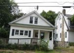 Foreclosed Home in Waterbury 06710 CLINTON ST - Property ID: 4212660940