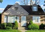 Foreclosed Home in South Plainfield 7080 MAPLE AVE - Property ID: 4213266652