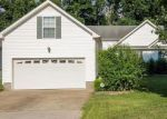 Foreclosed Home in Clarksville 37040 KENDRA CT S - Property ID: 4213314833