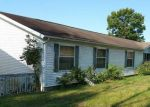 Foreclosed Home in Bedford 47421 BEDFORD HILLS CT - Property ID: 4213332788