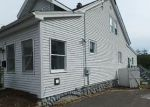 Foreclosed Home in Waterbury 06706 TRACY AVE - Property ID: 4213357301