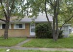 Foreclosed Home in Madison Heights 48071 BRETTONWOODS ST - Property ID: 4213713825