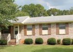 Foreclosed Home in Bessemer 35023 MERRIMONT RD - Property ID: 4214004633