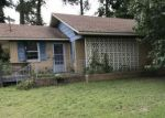 Foreclosed Home in Dunn 28334 N SPRING BRANCH RD - Property ID: 4214081270