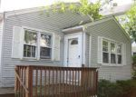 Foreclosed Home in Wallingford 06492 CLIFTON ST - Property ID: 4214306842