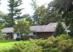 Foreclosed Home in West Bloomfield 48322 MERRYBROOK - Property ID: 4214386997