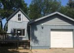 Foreclosed Home in Woodstock 60098 RIDGELAND AVE - Property ID: 4215146878