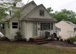 Foreclosed Home in West Orange 07052 MAYFAIR DR - Property ID: 4215417989