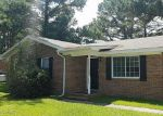Foreclosed Home in Castle Hayne 28429 HEATHER LN - Property ID: 4215598419