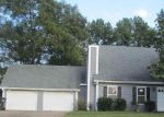 Foreclosed Home in Warner Robins 31088 LAKE FRONT DR - Property ID: 4216091132