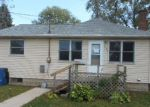 Foreclosed Home in Waterloo 50703 ACKERMANT ST - Property ID: 4216122682