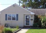 Foreclosed Home in Pennsville 8070 LAKEVIEW AVE - Property ID: 4216296553