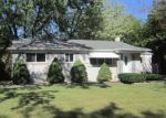 Foreclosed Home in Southfield 48075 HILTON DR - Property ID: 4217176442