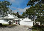 Foreclosed Home in Hoopeston 60942 E 100 NORTH RD - Property ID: 4217378347