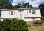 Foreclosed Home in New Britain 06053 VILLAGE GREEN DR - Property ID: 4217954727