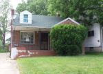 Foreclosed Home in Youngstown 44507 E AUBURNDALE AVE - Property ID: 4217966999