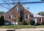 Foreclosed Home in Drexel Hill 19026 OLD LN - Property ID: 4218040565