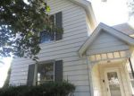 Foreclosed Home in Clinton 52732 N 6TH ST - Property ID: 4218126406
