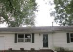 Foreclosed Home in Davenport 52806 W 64TH ST - Property ID: 4218130799