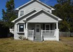 Foreclosed Home in Evansville 47710 LOHOFF AVE - Property ID: 4218224964