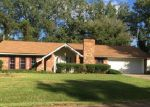 Foreclosed Home in Vicksburg 39180 LINDA DR - Property ID: 4218498244