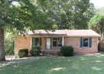 Foreclosed Home in Clarksville 37042 SHORTRIDGE DR - Property ID: 4218737828