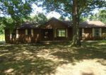 Foreclosed Home in Trezevant 38258 HIGHWAY 190 - Property ID: 4219055798