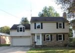 Foreclosed Home in Youngstown 44512 MILL CREEK DR - Property ID: 4219100914