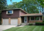 Foreclosed Home in Cincinnati 45211 JANLIN CT - Property ID: 4220017580