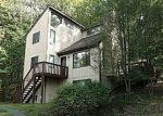 Foreclosed Home in Bushkill 18324 DECKER RD - Property ID: 4220383733