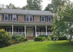 Foreclosed Home in Marshall 20115 BEARS DEN RD - Property ID: 4220713519