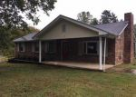 Foreclosed Home in Clarksville 37040 CUMBERLAND HEIGHTS RD - Property ID: 4220868566