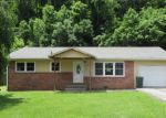 Foreclosed Home in Elizabethton 37643 THOMAS BLVD - Property ID: 4220870307