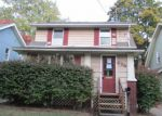 Foreclosed Home in Akron 44305 HALLIE AVE - Property ID: 4221083612
