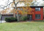 Foreclosed Home in Fort Wayne 46815 BLUEGRASS LN - Property ID: 4221108576