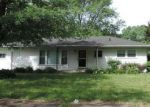 Foreclosed Home in Hobart 46342 N GUYER ST - Property ID: 4221727433