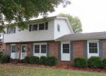 Foreclosed Home in Paducah 42001 TRIMBLE ST - Property ID: 4221770346