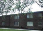 Foreclosed Home in Southfield 48076 W 12 MILE RD - Property ID: 4221884668