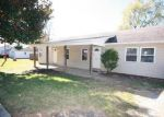 Foreclosed Home in Fayetteville 72701 S RAY AVE - Property ID: 4221966565