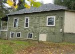 Foreclosed Home in Estacada 97023 SE 4TH AVE - Property ID: 4222154899