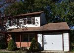 Foreclosed Home in Newark 19711 WOODLAWN AVE - Property ID: 4222499578