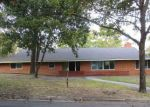 Foreclosed Home in Grand Prairie 75050 NW 9TH ST - Property ID: 4222770244