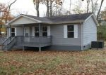 Foreclosed Home in Oneida 37841 LAFAYETTE ST - Property ID: 4222799141