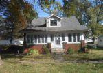 Foreclosed Home in Vandalia 62471 N 2ND ST - Property ID: 4223204272