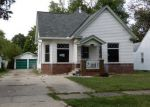 Foreclosed Home in Decatur 62521 E MOORE ST - Property ID: 4224155108