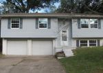 Foreclosed Home in Godfrey 62035 ADMIRAL DR - Property ID: 4224166505