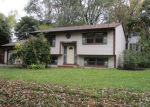 Foreclosed Home in Wonder Lake 60097 HILLTOP DR - Property ID: 4224209428